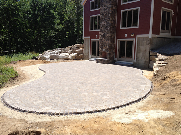 Installing Backyard Patios Fire Pits And Outdoor Fireplaces